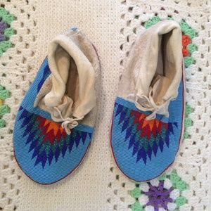 Vintage Shoes - Authentic Native American Handmade Moccasins Beads